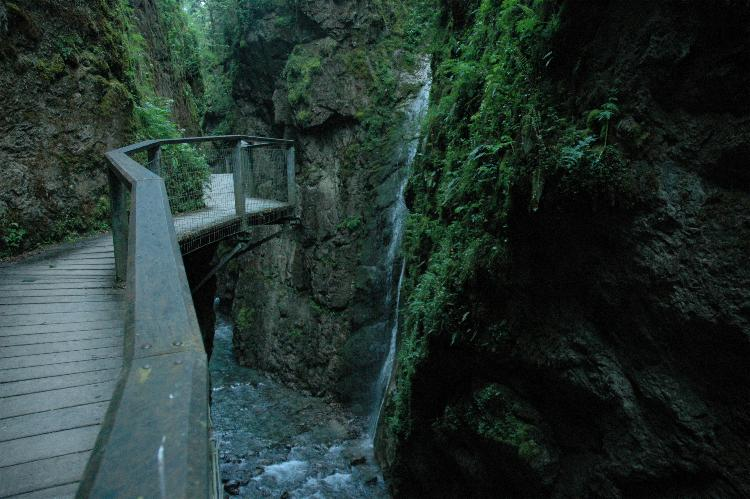 The trail along the gorges de kakouetta is well maintained - perhaps too well for some people's tastes. However there is the danger of flooding in stormy weather and there is an alarm system to alert people so that they can get out of the gorge.