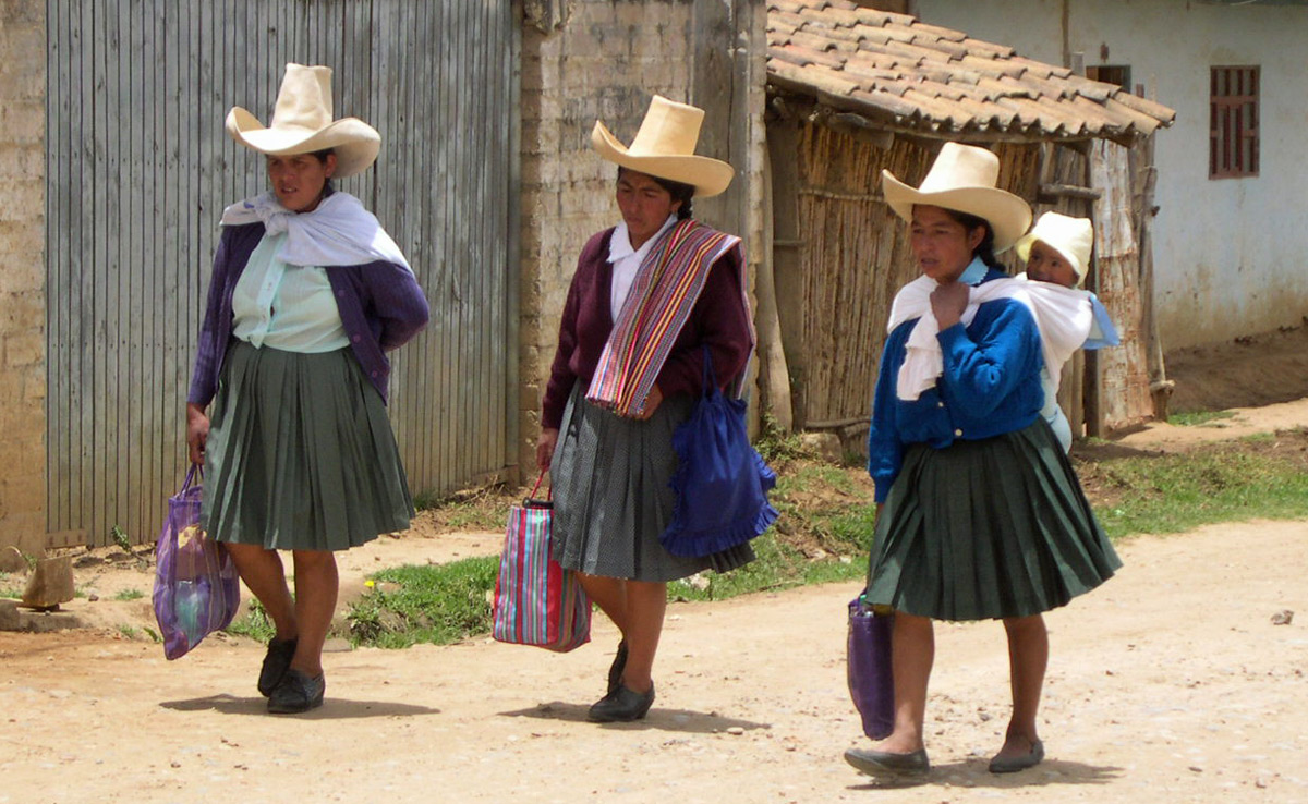 Peruvian women wearing traditional hats