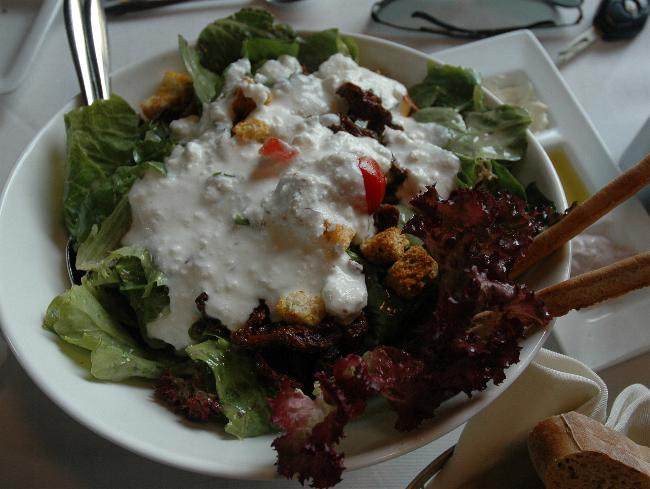 Atima restaurant salad