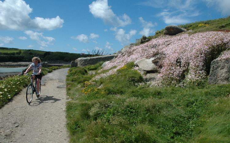 Scilly cycling